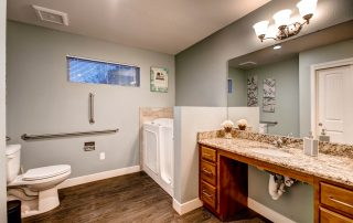 6824 Chestnut Hill St print 020 17 Master Bathroom 2700x1800 300dpi