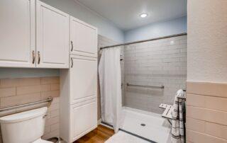 990 Saulsbury Street Lakewood CO Web Quality 020 29 Bathroom
