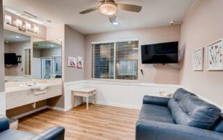 990 Saulsbury Street Lakewood CO Web Quality 021 31 Salon